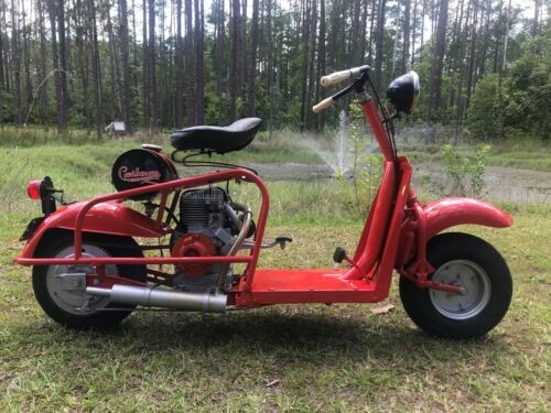 1958 Cushman 721 Highlander Huntsman Red photo